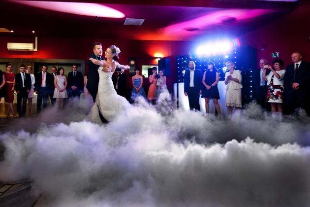 fotografia ślubna - pierwszy taniec ślubny Katowice