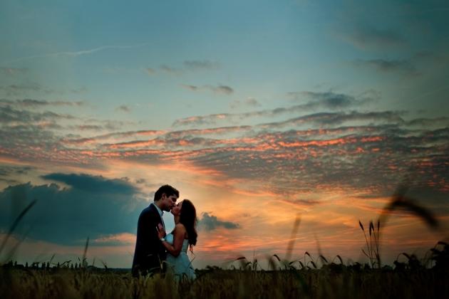 fotografia ślubna - Zdjęcia o zachodzie słońca, Plener slubny